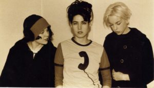SOLD OUT – BIKINI KILL @ Locomotiv club